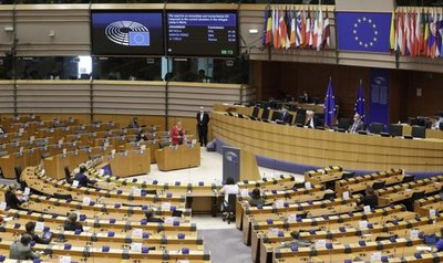 La Comisión de Agricultura del PE da luz verde al reglamento transitorio de la PAC 2021-2022